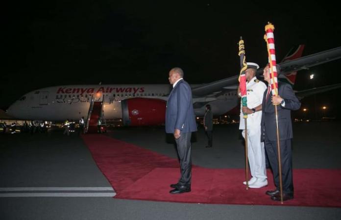 President Uhuru Kenyatta flags off the inaugural Kenya Airways (KQ) direct flight from Nairobi to New York.