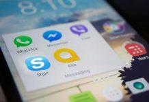 Skype/ WhatsApp-