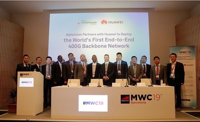 Safcom, Huawei officials at 400G launch